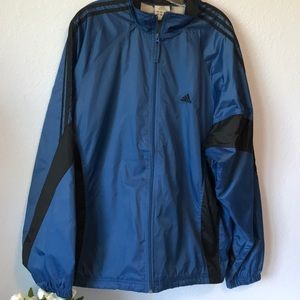 Like new men's Adidas blue jacket Windbrea…